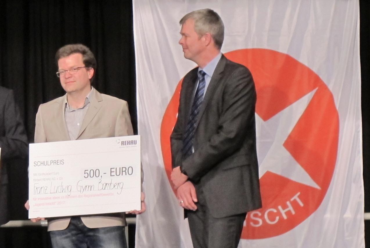 Scheckübergabe 500 Euro Kopie